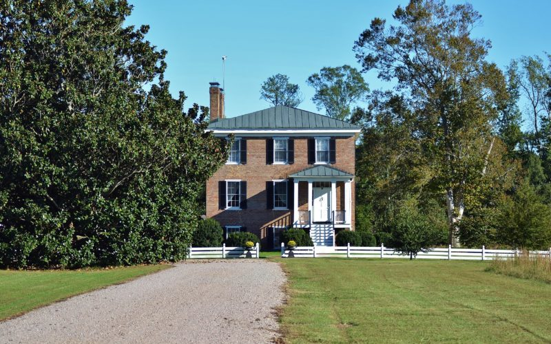 """Erin House"" Historic Antebellum Home"