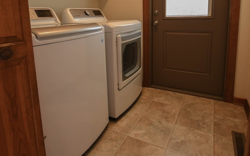 Washer and Dryer | 87 White Oak Landing Rd, King William 13