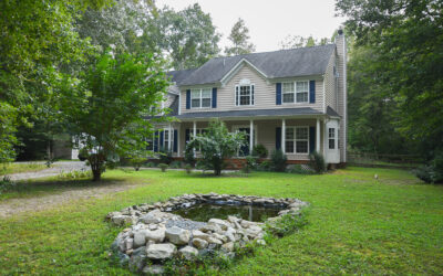 Just Listed- 5 Bedroom home in sought after Woodruff Subdivision